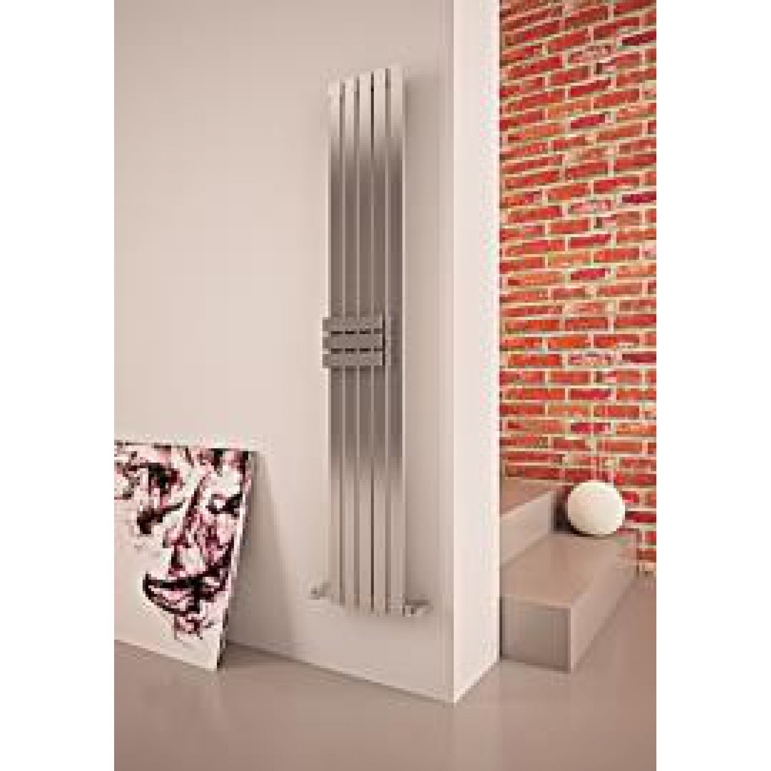 radiateur design inox. Black Bedroom Furniture Sets. Home Design Ideas