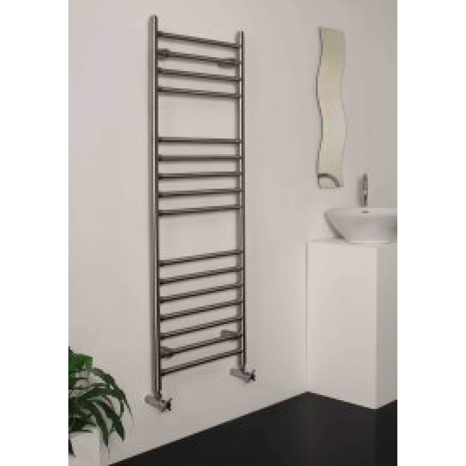 radiateur s che serviette d coratif inox. Black Bedroom Furniture Sets. Home Design Ideas